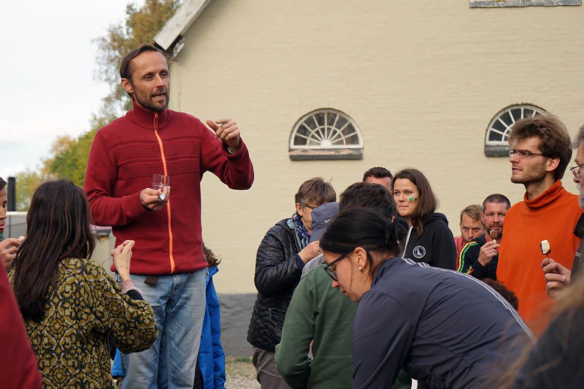 Gert Tjoelker is a teacher at DRH Lindersvold.